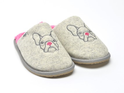 bissie-grey-bulldog-design-slippers