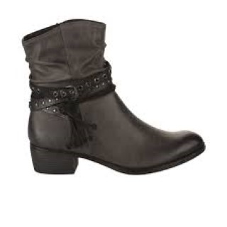 Berwick upon Tweed-Lime Shoe Co-Marco Tozzi-Grey-Ankle Boot-Side Zip-straps-tassels-winter