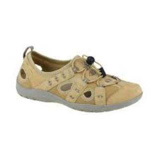 Lime Shoe Co-Berwick upon Tweed-Earth Spirt-Spring-Summer-2021-Yellow-Trainer-Bungee Laces-Flat-comfort